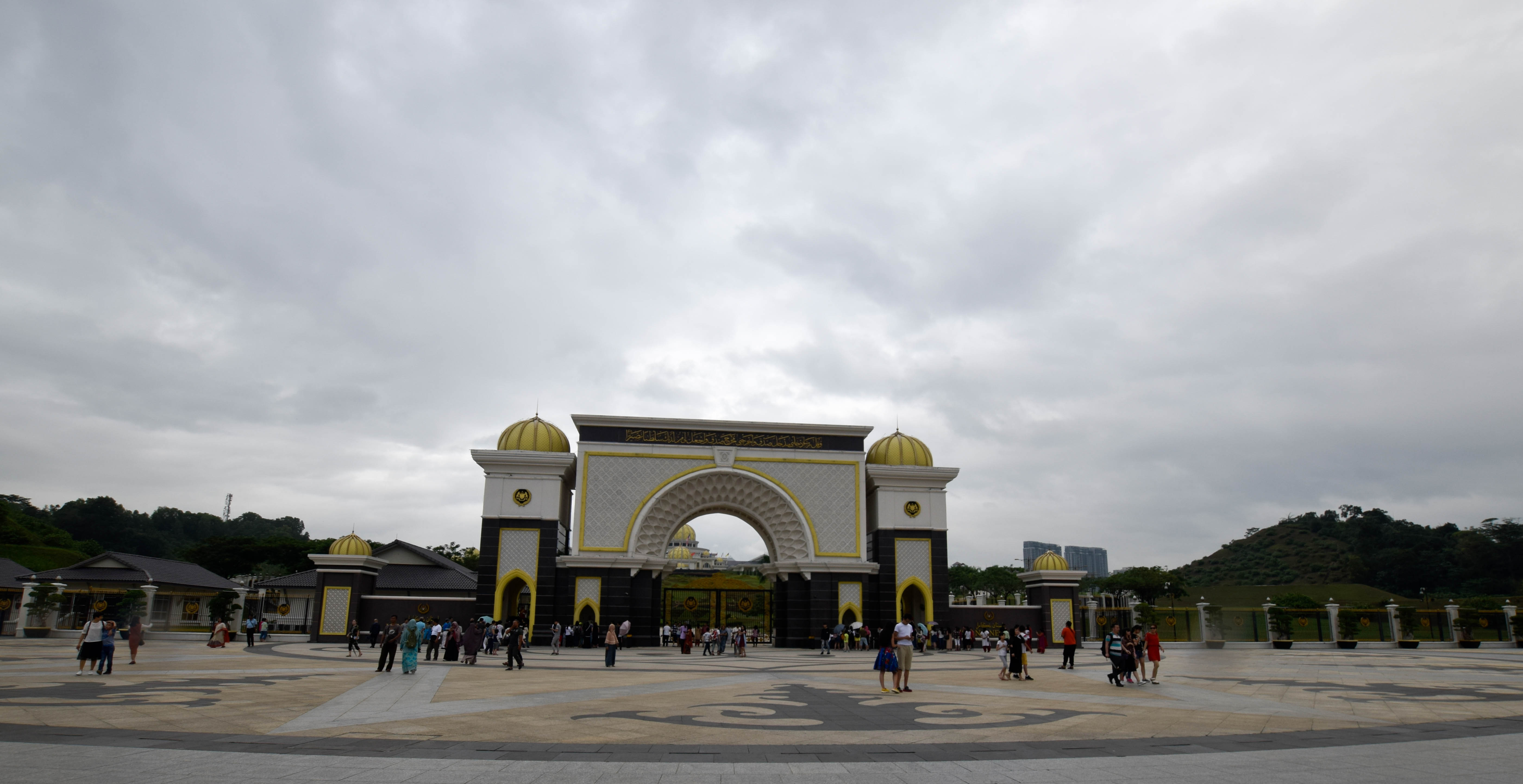 Pictures of Kings palace malaysia