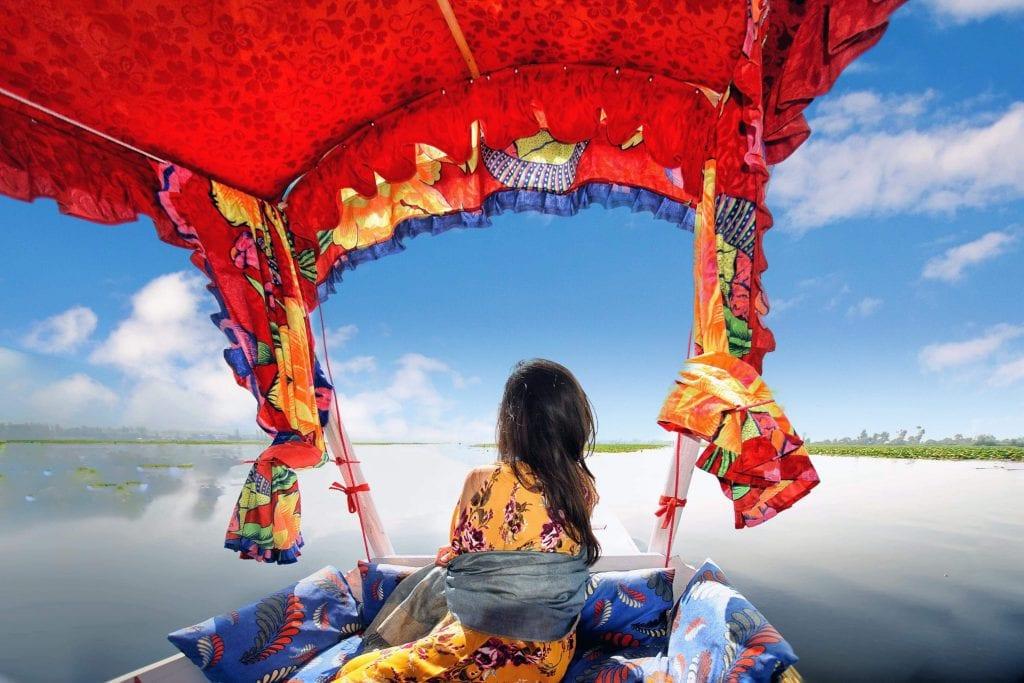 Shikara ride n dal lake